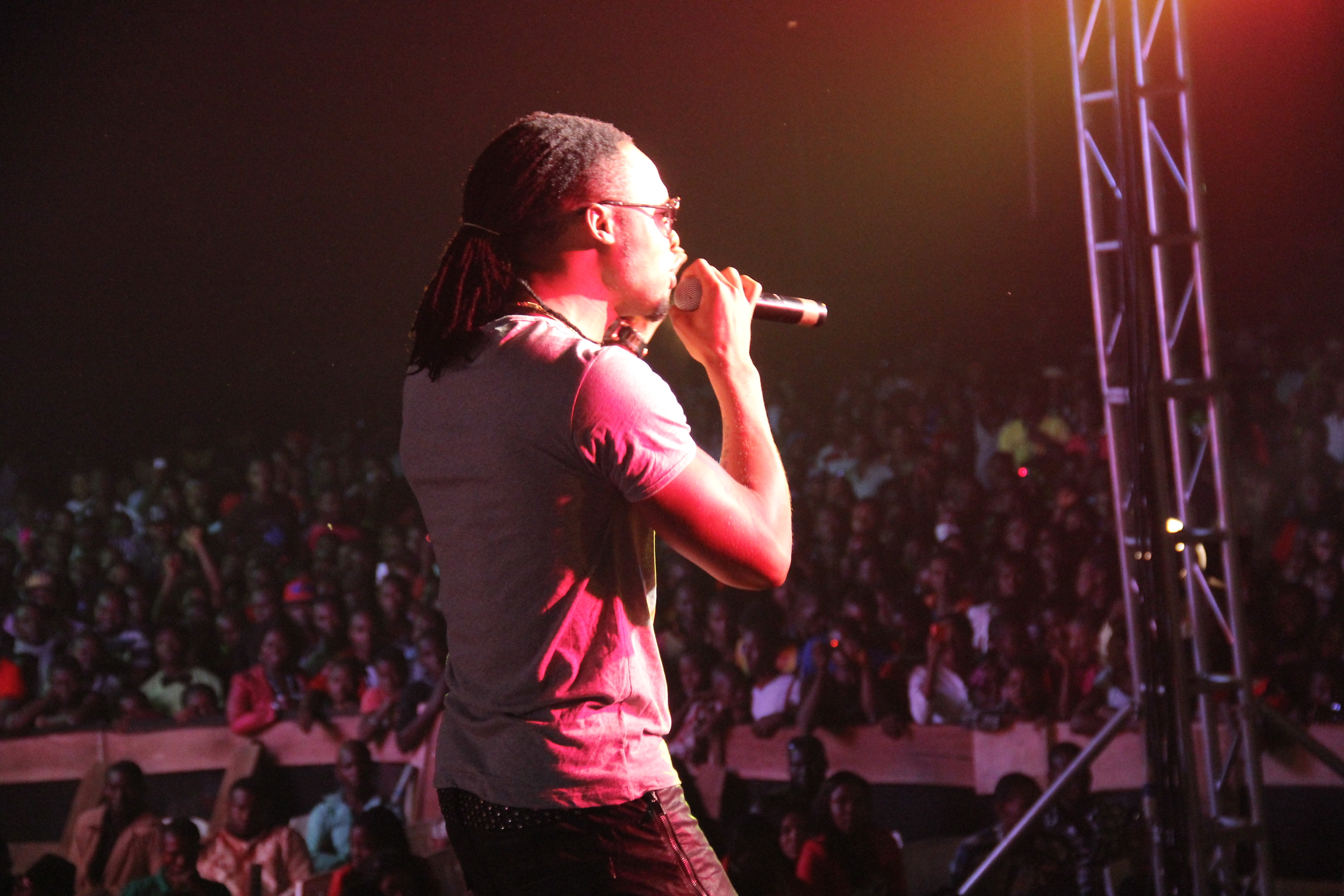 Flavour performing Adamma on stage